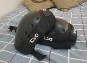 tsg sk8 dhp knee pads