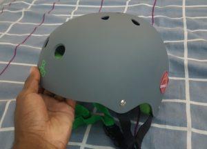 Half-shell skate helmet