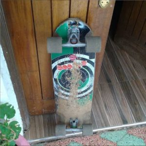 Slide perfect fluxx wheels on jet skatetboard