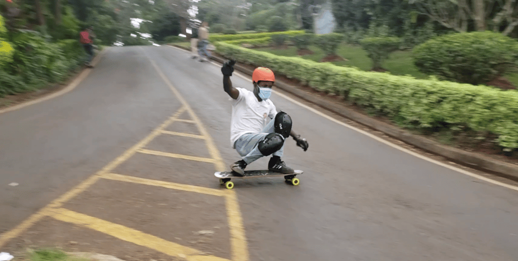 longboard squat slide